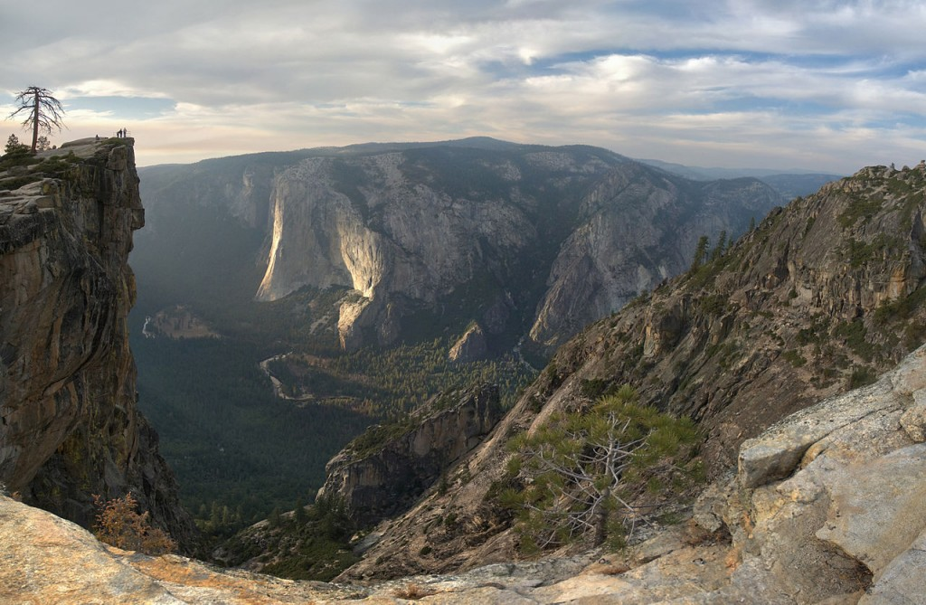 1280px-Taft_Point_Panorama