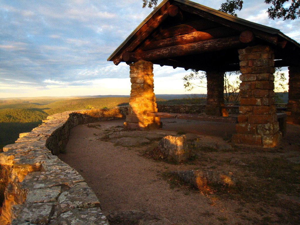 Shelter_on_White_Rock_Mountain
