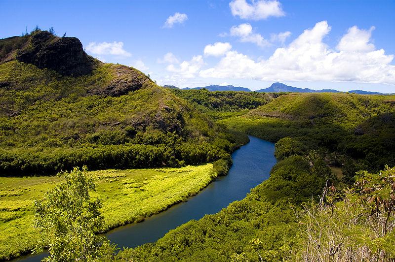 800px-Wailua_River,_Kauai